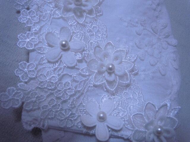 ハンドメイド豪華花立体刺繍レース花モチーフケミカルレース白/立体マスクの画像1枚目