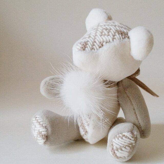 こぎん刺しのテディベアS 総刺しこぎんクマ 初雪の便り(梅の花)の画像1枚目