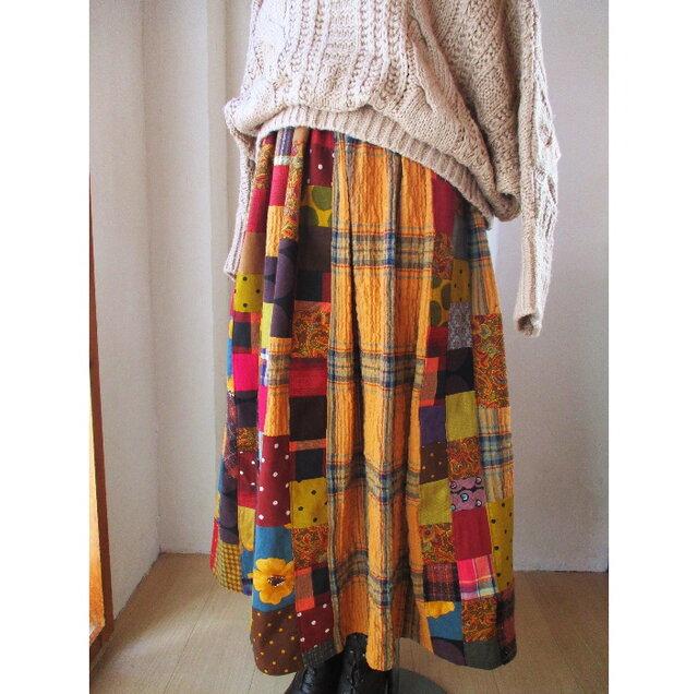 絵画なパッチワーク ふんわりギャザースカート キャメル バーガンディー 起毛コットンの画像1枚目