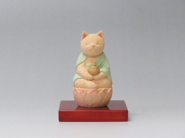木彫り 薬師猫 猫仏2010の画像1枚目