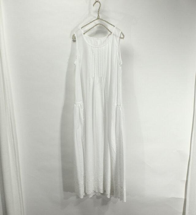裾ボーダーレースのシュミーズドレス(白)の画像1枚目