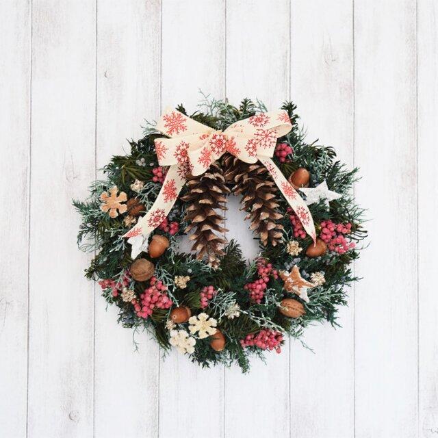 ストローブ松のクリスマスリース(送料込み/定形外郵便のみ)の画像1枚目