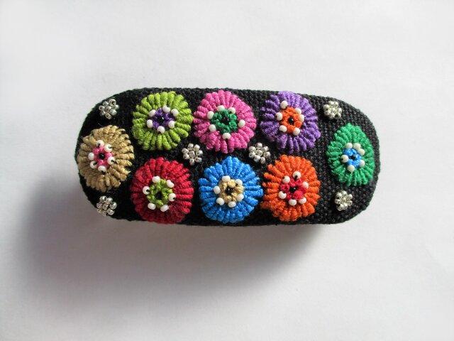 小花模様刺繍のバレッタの画像1枚目