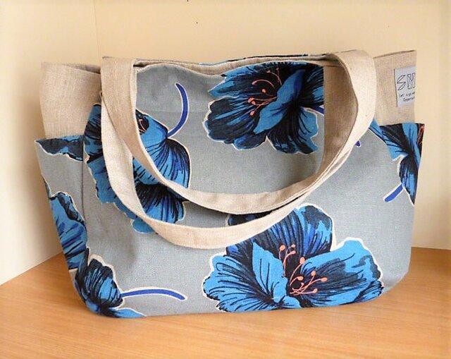 ブルー大輪の花のサイドポケットチューリップバッグの画像1枚目