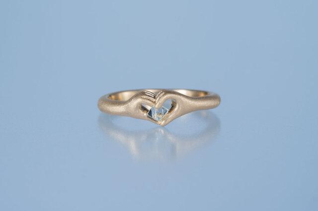 【ストック】ダイヤモンド原石 ハートの手のリング / K18YGの画像1枚目