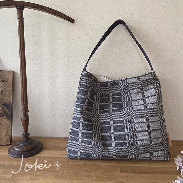 bag[手織りワンショルダーバッグ]チャコールの画像1枚目