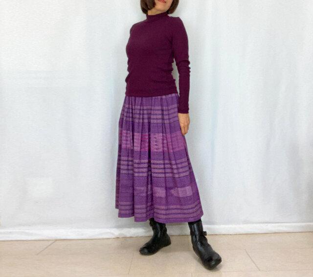 手織り綿絣ロングスカート、菫色ボーダー柄、オールシーズンの画像1枚目