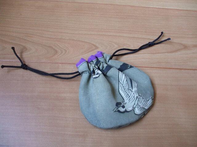 雀のミニ巾着 絹の画像1枚目