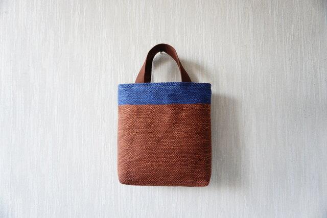 裂き織りのおさんぽバッグ 煉瓦+青の画像1枚目