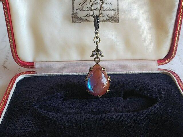 サフィレット Pear(18×13㎜)真鍮古美 クラシカルネックレスの画像1枚目