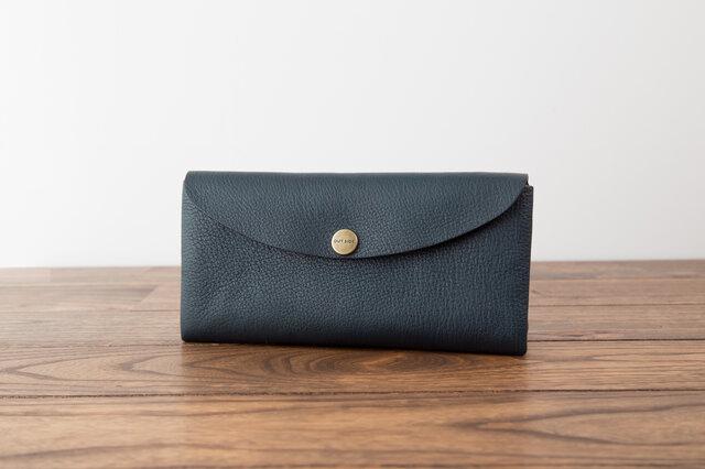 日本製牛革のコンパクトな長財布SOFT / ネイビーの画像1枚目