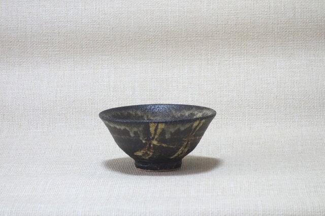 碗(とんぼ紋抜絵a)の画像1枚目