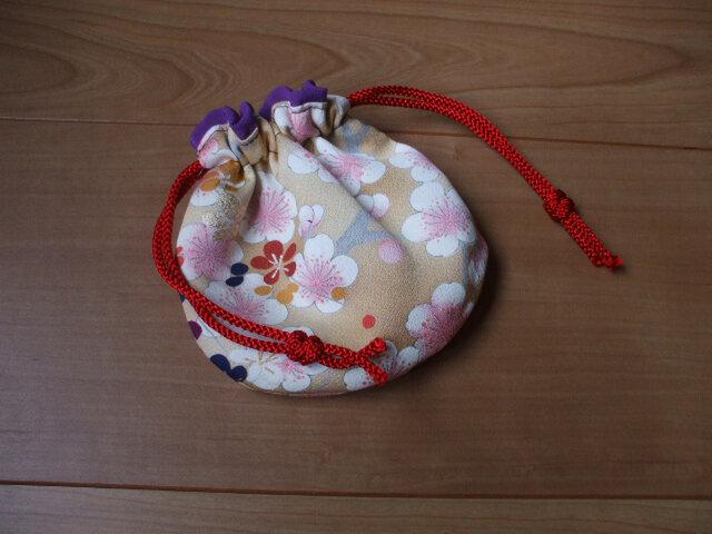 桜が可愛いミニポーチ 絹の画像1枚目