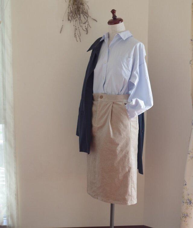 コーデュロイタイトスカート ライトベージュの画像1枚目