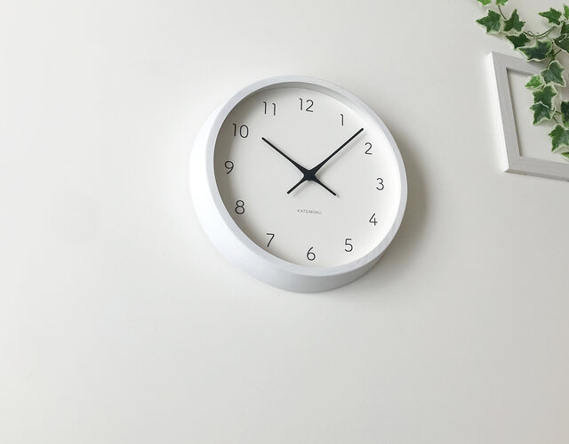 KATOMOKU muku round wall clock 7 km-60WHRC 電波時計の画像1枚目
