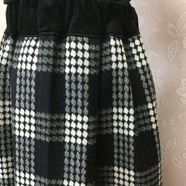 日本製ウールスカートとスヌードセットの画像1枚目