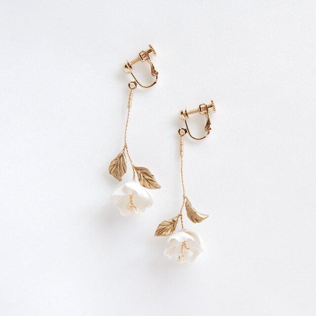 Leni Earrings/Pierces - Metallic finishの画像1枚目