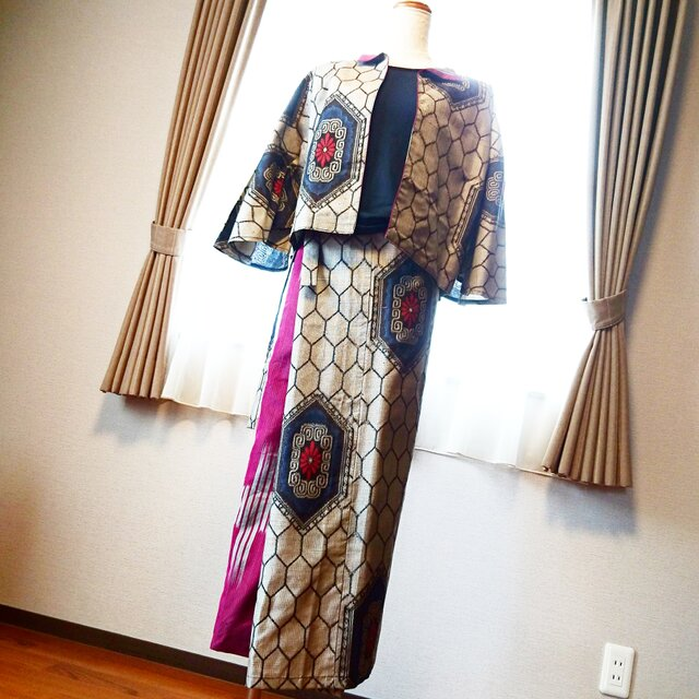 大島紡ぎでリメイクドレスの画像1枚目