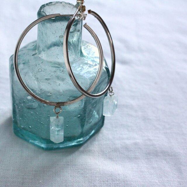 Rough Rock Aquamarine Hooped earrings アクアマリンの原石フープピアス Silverの画像1枚目