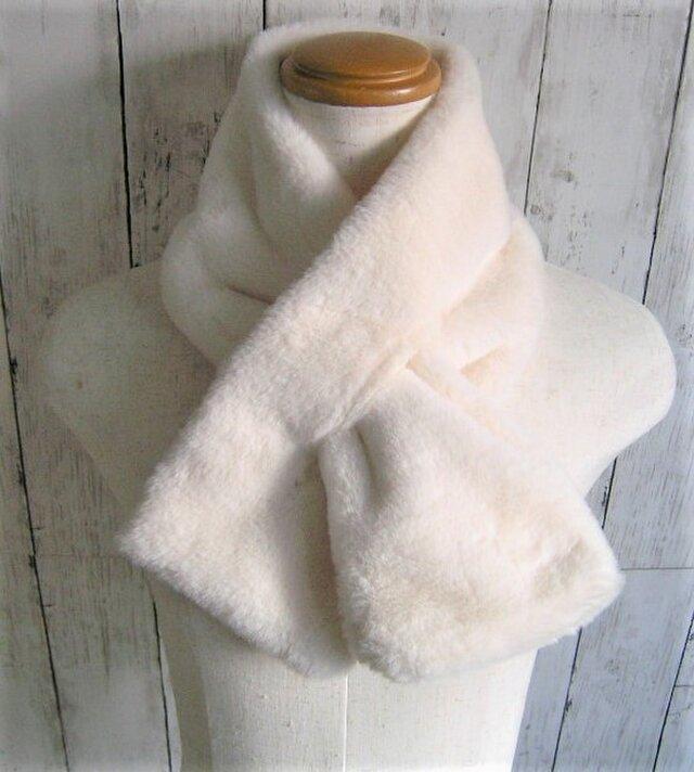 ¶ new antique fur ¶ エコファースリットマフラー◆アイボリーの画像1枚目