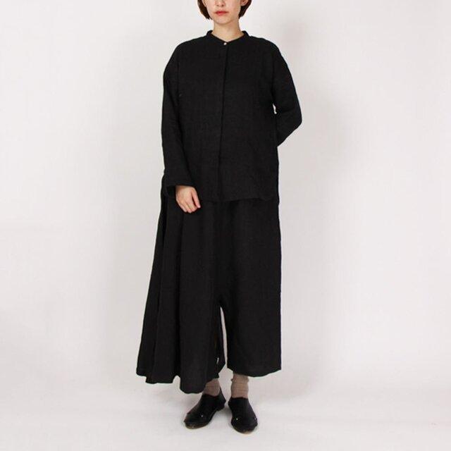 9番手綾織り比翼ボタンバンドカラーブラウス(ブラック)の画像1枚目