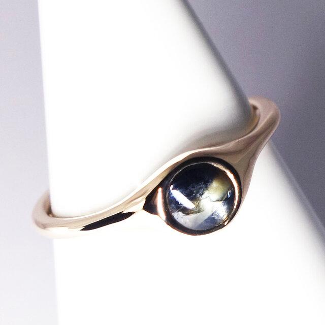 さりげない4mmゴールドシーンサファイアK10リング【Pio by Parakee】Gold sheen sapphireの画像1枚目