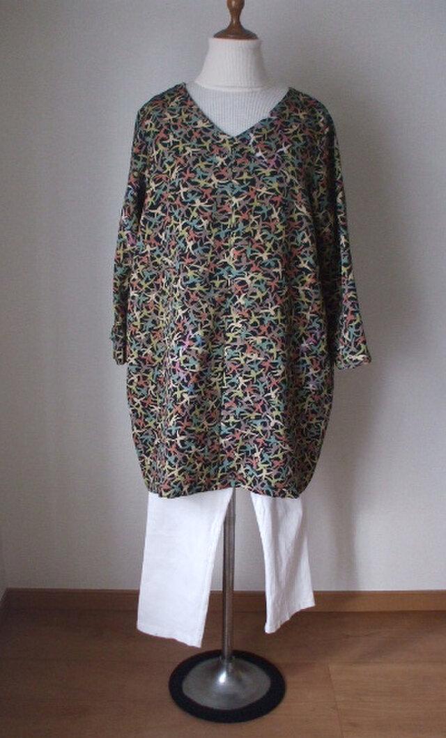 アンティーク着物から麻の葉の背守りバルーンチュニック 絹の画像1枚目