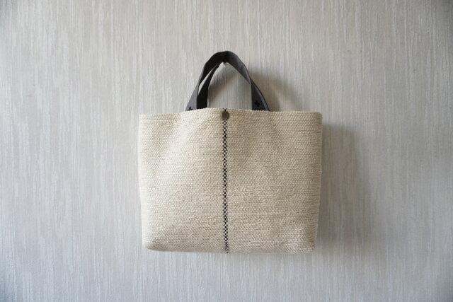【受注制作】裂き織りのバッグ Mサイズ ミルクベージュの画像1枚目