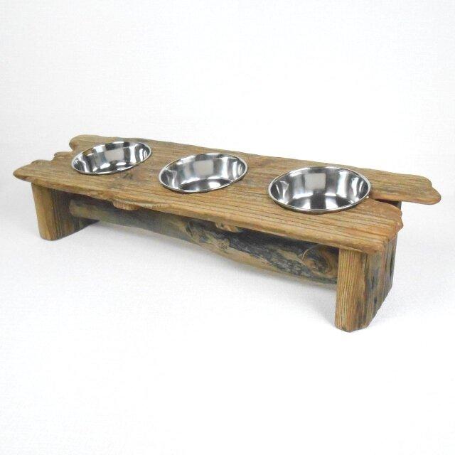 【温泉流木】絵にかいたような流木板の小型犬猫用3連エサ皿スタンド 流木インテリアの画像1枚目