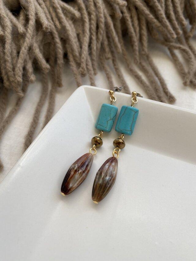 主役級♪ヴィンテージマーブル&ターコイズ配色ピアス! (ステンレスポストピアス)Vintage taste earringsの画像1枚目