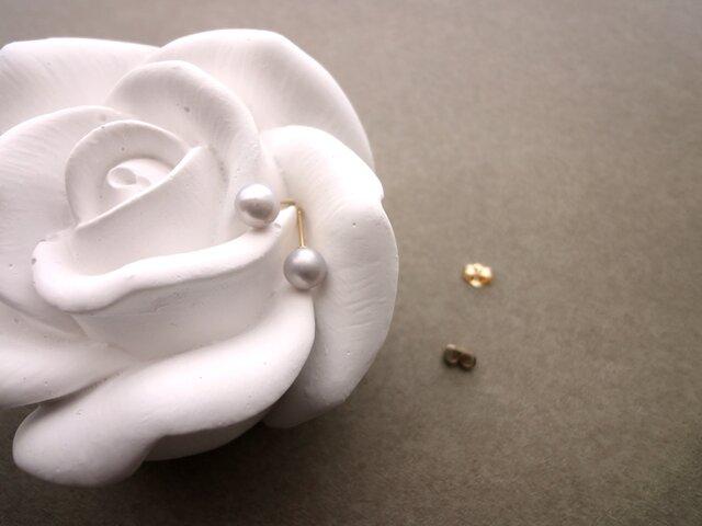 淡水パール のピアス 14KGF ■ 一粒の幸福 ■ ライトグレー 5~5.5mmの画像1枚目