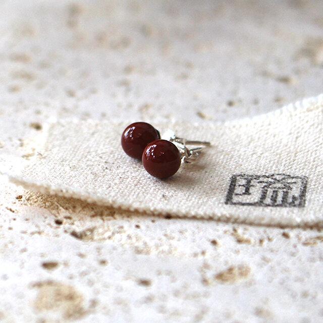 漆塗丸玉耳飾「首里赤」桜花弁柄 rpc-126の画像1枚目