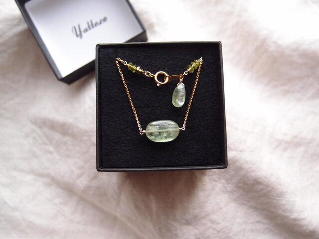 グリーンカイヤナイトのチェーンネックレス【K14gf】green kyaniteの画像1枚目