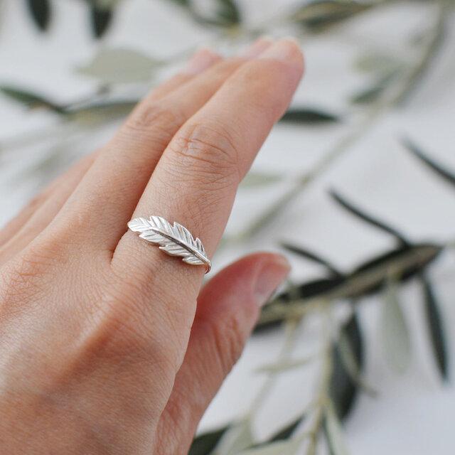 葉っぱのリング:silver925の画像1枚目