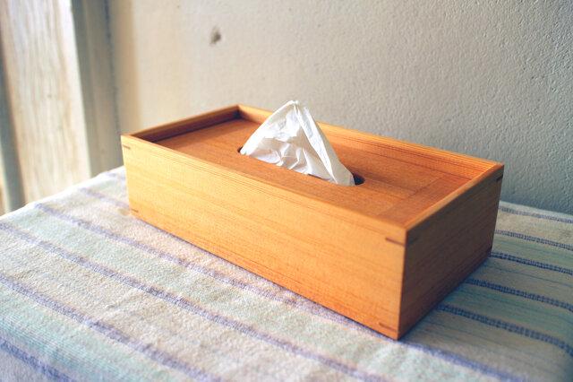 家具職人の作る ティッシュケース 「オールドパイン」 一品物の画像1枚目