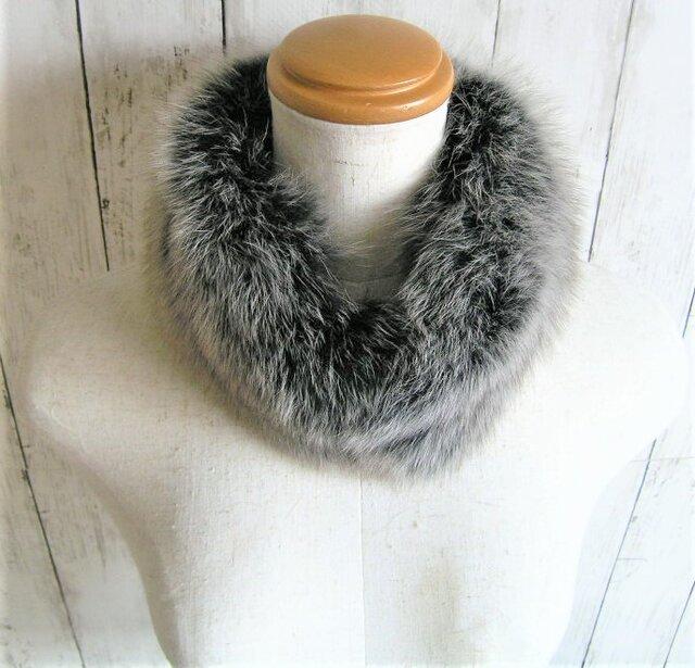 ¶ new antique fur ¶ 霜降りグレイッシュフォックスマグネット留めショールマフラーの画像1枚目