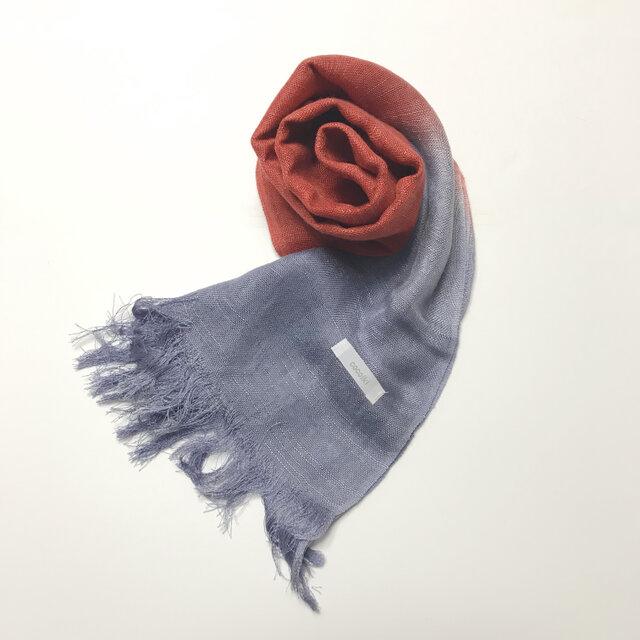 国産シルク100%手描き染めストール 紺鼠&紅の画像1枚目