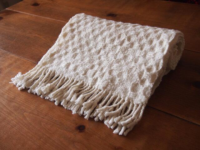 手紡ぎのマフラー(白色・ハックアバック)の画像1枚目