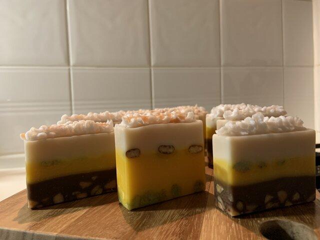 Sweets Savon  低温圧搾&オーガニック&未精製  Nuts orange latteの画像1枚目