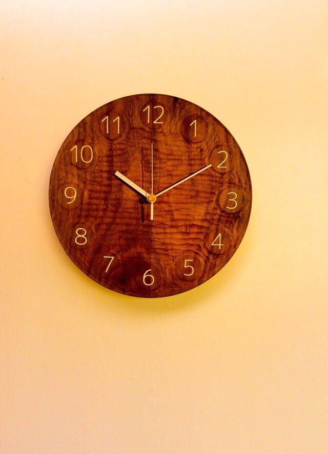wall clock BW 無垢一枚板の画像1枚目