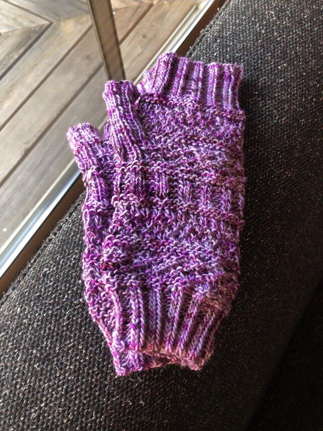 模様編みのデミグローブの画像1枚目
