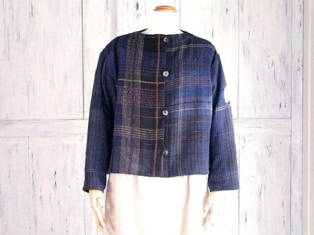 手織り布で仕立てた一点物ジャケットの画像1枚目