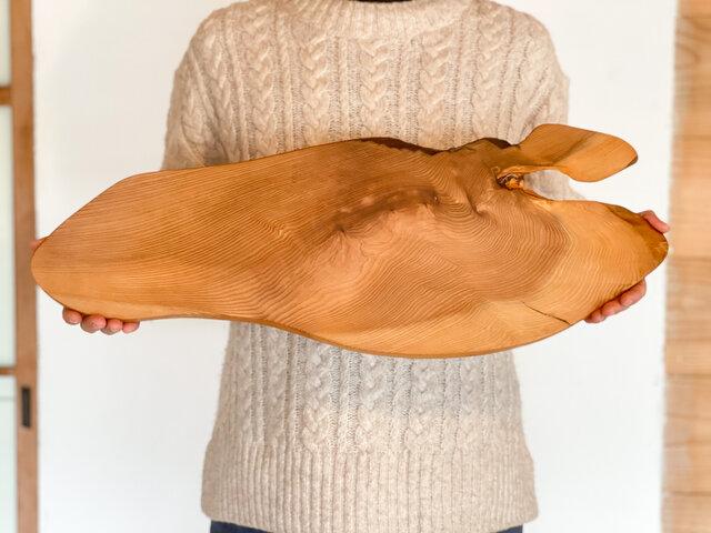 木のお皿、大きなカッティングボード(エクストラロング)の画像1枚目