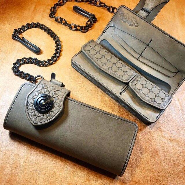 【特別価格にて販売中/展示品販売のため】レザーロングウォレット イタリア産高級レザー - グレー+ダールブラックの画像1枚目