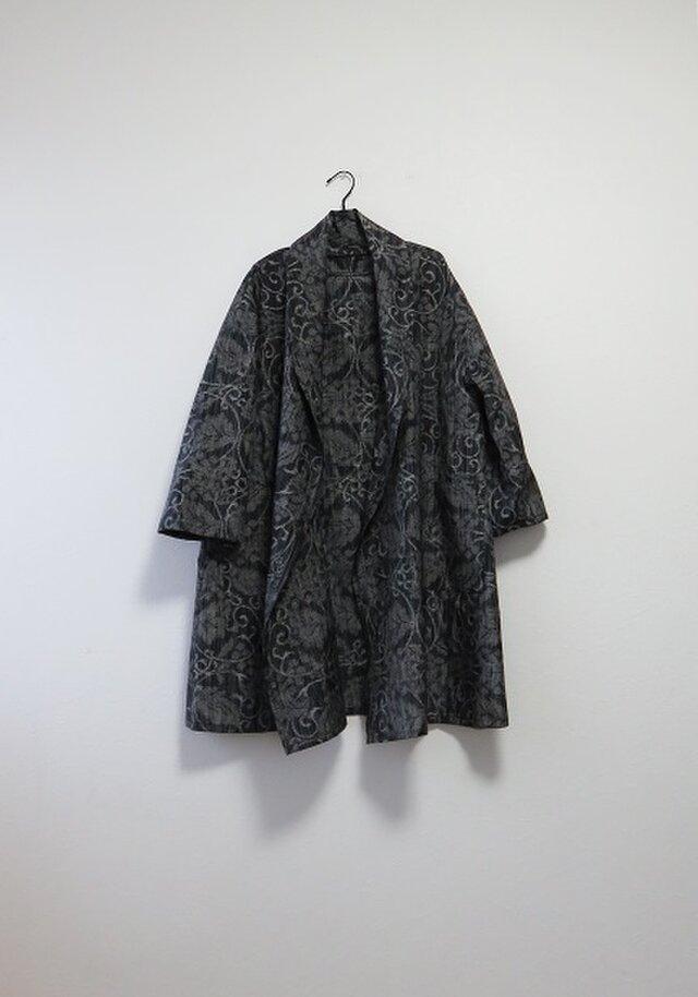 *アンティーク着物*葡萄模様十日町紬のへちまカラーローブ(大きめサイズ)の画像1枚目