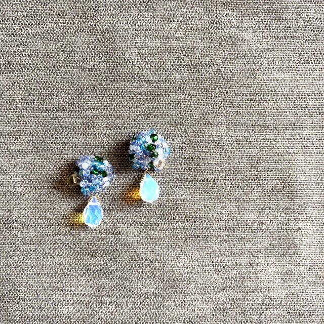 【012】K14GF 刺繍ビーズピアスの画像1枚目