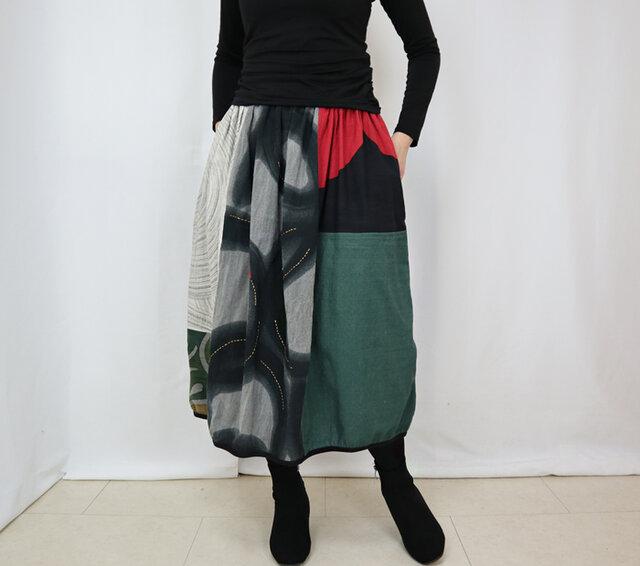 新色草木染め、手織り綿のパッチワークバルーンスカート、フリーサイズの画像1枚目