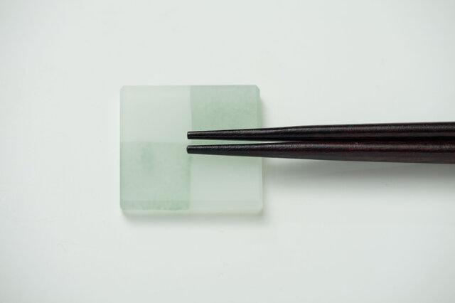 ガラスの箸置きの画像1枚目