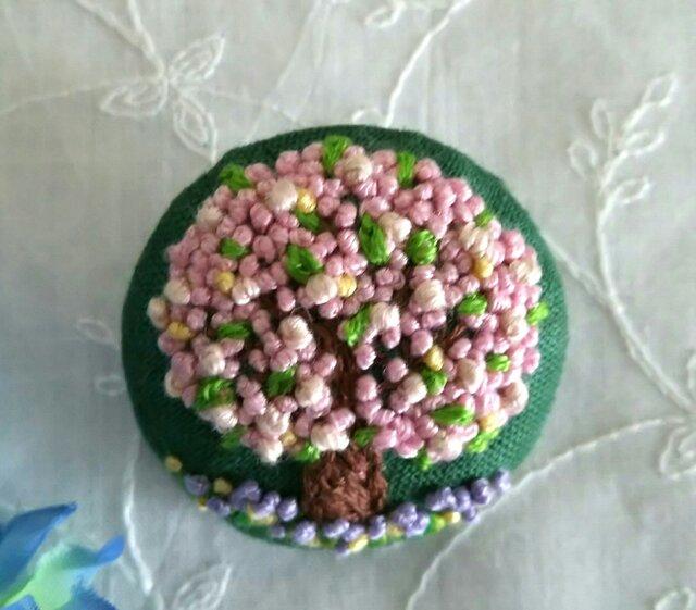 刺繍ブローチ 桜満開!の画像1枚目