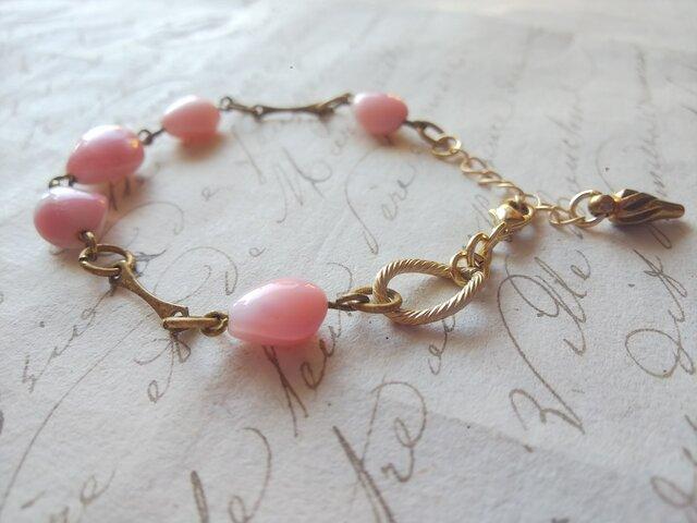ヴィンテージ White & Pink 貝のように美しい ほのかなGlass ブレスレットの画像1枚目